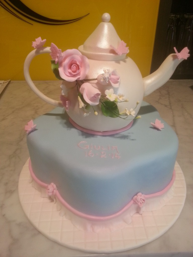 One tier shaped birthday cake tea pot flowers the delicious biscuit one tier shaped birthday cake tea pot flowers izmirmasajfo