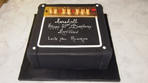 one-tier-square-birthday-cake-speaker-music-amp