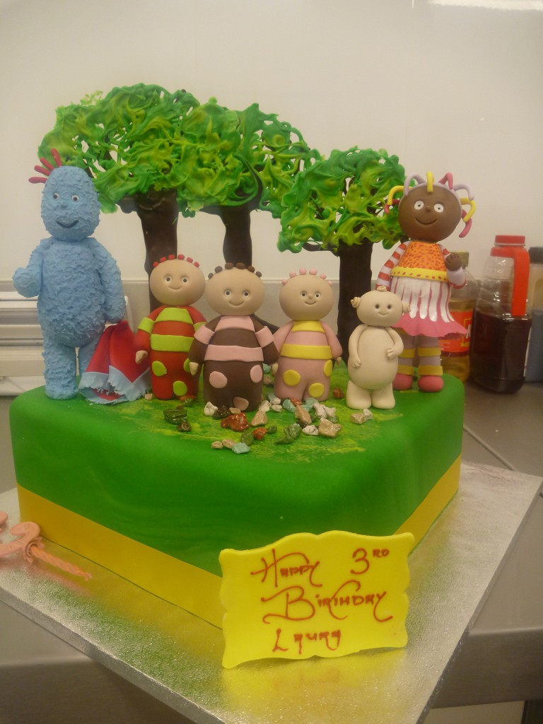 single-tier-square-birthday-cake-in-the-night-garden-characters ...