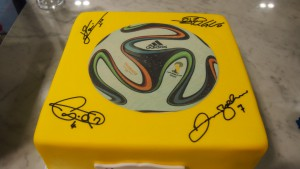 single-tier-square-birthday-cake-soccer-ball-yellow-signatures-messi-ronaldo
