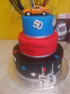 three-tier-round-birthday-cake-car