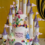three-tier-round-birthday-cake-castle-dinsey-princess