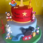 two-tier-round-birthday-cake-disney-playhouse-red-mickey-mouse
